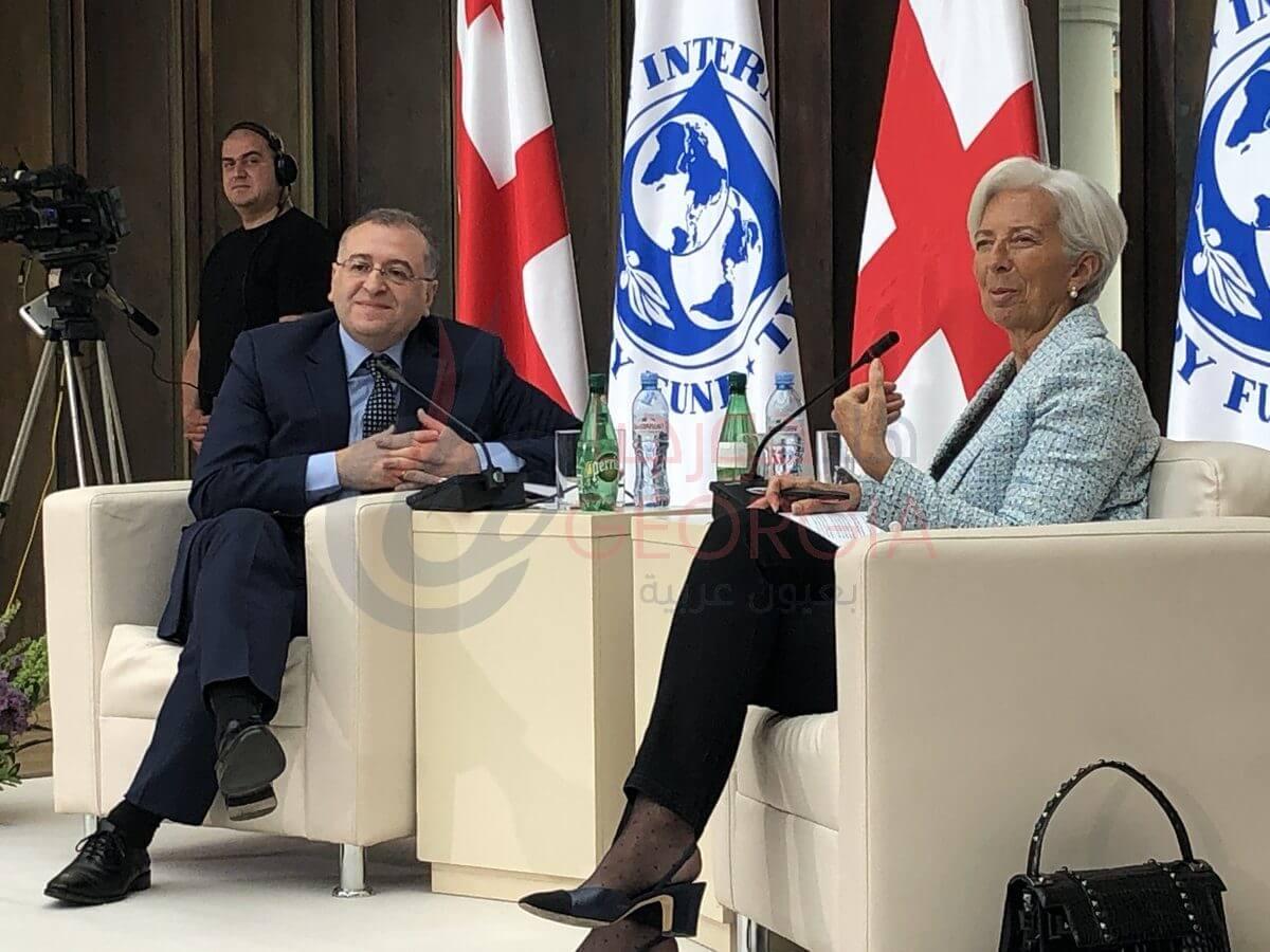 """حوار كرستين لاجارد ورئيس البنك الوطني الجورجي """"كوبا جفينيتادزه Kuba Gvenetadze"""" المصدر:(حساب تويتر)"""